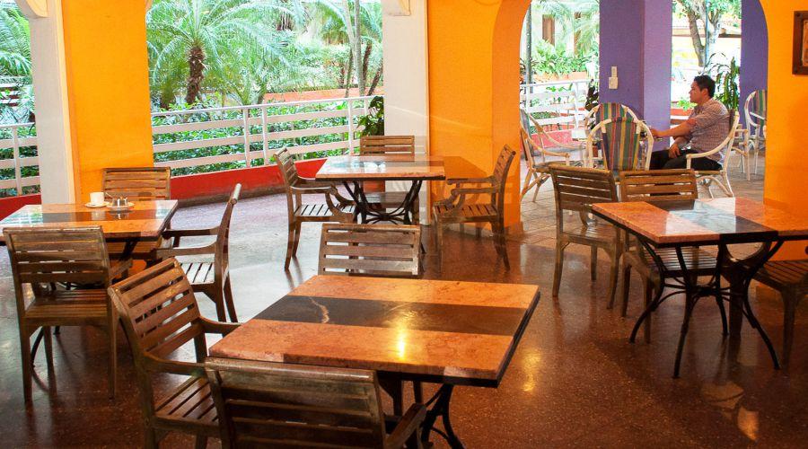 cafeteria-hotel-kohly