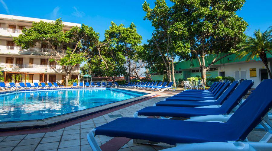 piscina-2-hotel-kohly-la-habana